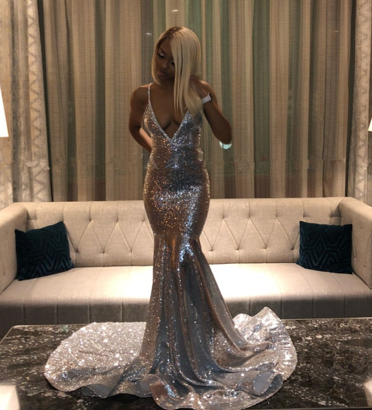 2019 Deep V-Neck Backless Plus Size Black Girls Graduation Party Gowns Bling Silver Sequined Mermaid Long African   Prom     Dresses