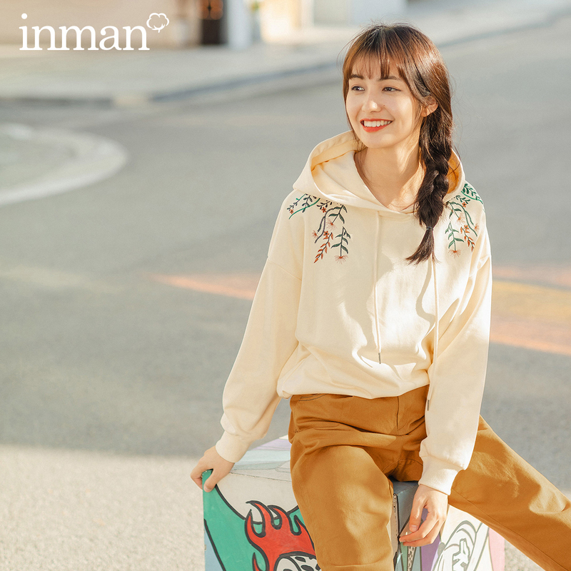 INMAN Spring New Arrival Literary Causal Embroidery Drawstring Hoodies Threaded Sleeve Women Beige Sweatshirt