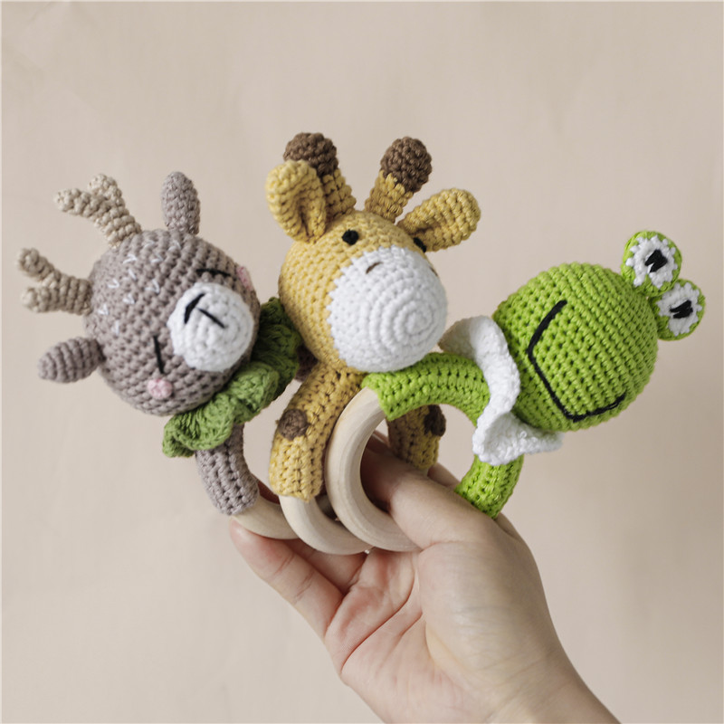 1pc Baby Teether Natural Teething Grasping Toy Newborn 0-24 Months Educational Frog Elk Giraffe Style Hand Bell Teether Baby Toy