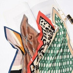 High Quality Square Horse Print Crinkle Small Silk Scarf For Women Crumple Neck Wear Pleated Foulard Femme Bandana Handkerchief