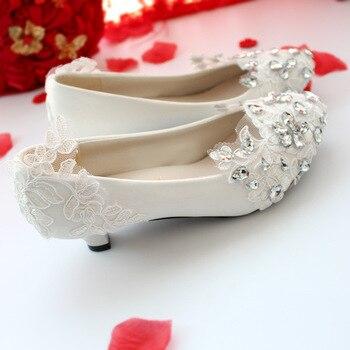 Handmade ลูกไม้แบนรองเท้ารองเท้าส้นสูงอย่างเป็นทางการชุดจัดเลี้ยงธุรกิจไนท์คลับสีขาวบางรองเ...