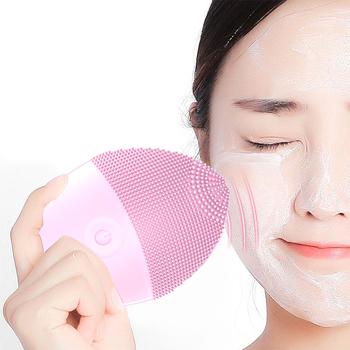 Elektryczna silikonowa szczoteczka do oczyszczania twarzy środek oczyszczający do twarzy urządzenie do oczyszczania twarzy oczyszczająca skóra głęboko myjąca szczotka do masażu tanie i dobre opinie NoEnName_Null Demakijażu Unisex CN (pochodzenie) F059 Brak CHINA GZZZ YGZWBZ None Czyszczenia twarzy As show Pielęgnacja twarzy