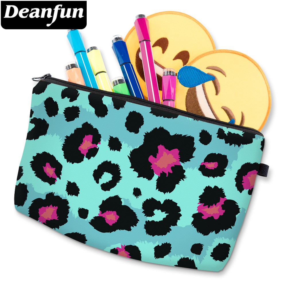 Deanfun 3D Printed Cute Blue Leopard Cosmetic Bag Waterproof Girls Makeup Bag Cheap Woman's Makeup Bags D51488