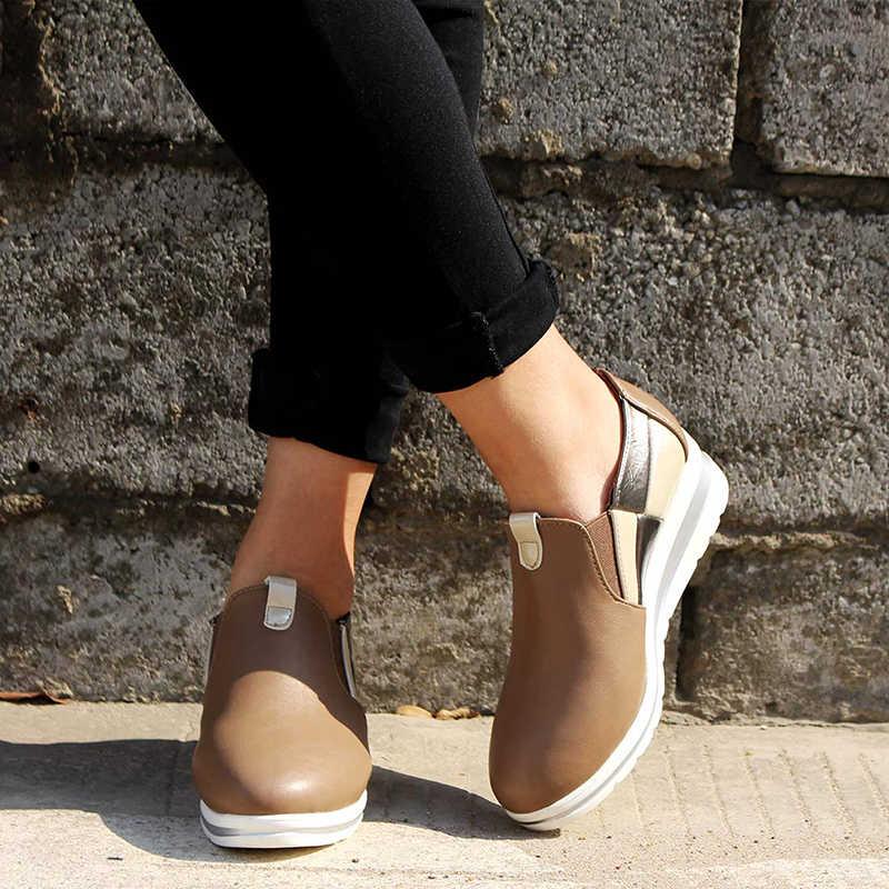 Frau Herbst Flache Plattform PU Slip Auf Casual Schuhe Frau Elastische Band Dicken Boden Vulkanisierte Schuhe Female Mixed Farbe Mode