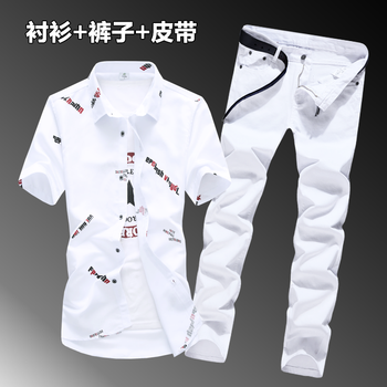 цена на 2020 New Men's Summer Short Sleeve T-shirt Full Length Jeans Pants 2 Pieces Set Casual Style Letters Pattern With Belt For Free