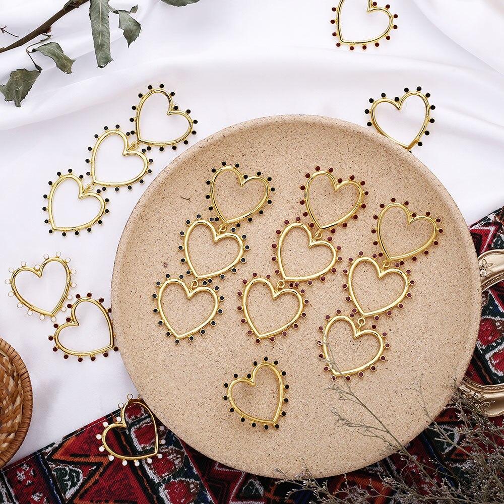 2020 New Exaggerated Romantic Hollow Heart Love Earring Gold Statement Earrings For Women Stylish Long Heart Earring