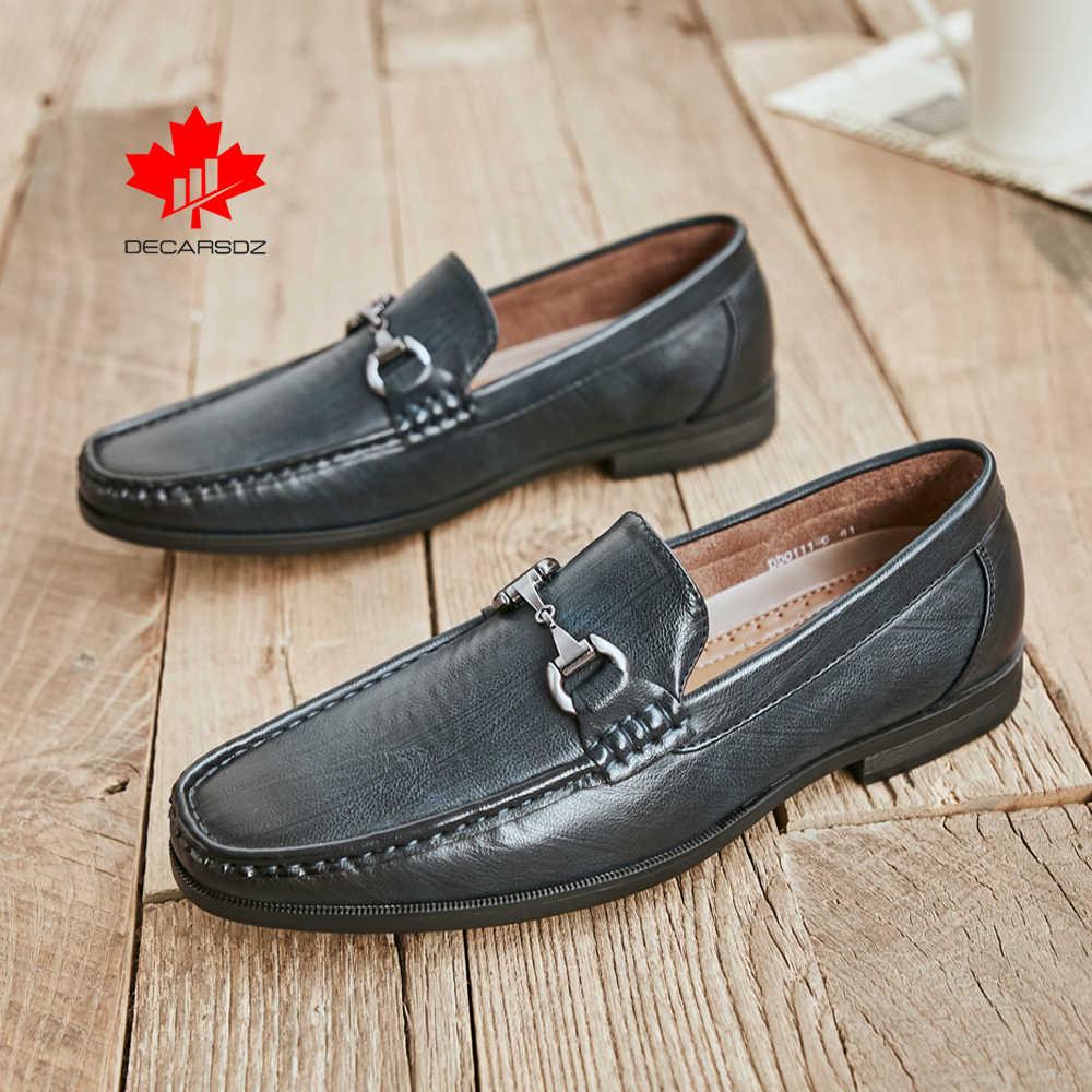 2020 bahar yeni loafer'lar moda bot ayakkabı erkek marka deri metal düğme moccasins Slip-ON gündelik erkek ayakkabısı erkek ayakkabıları