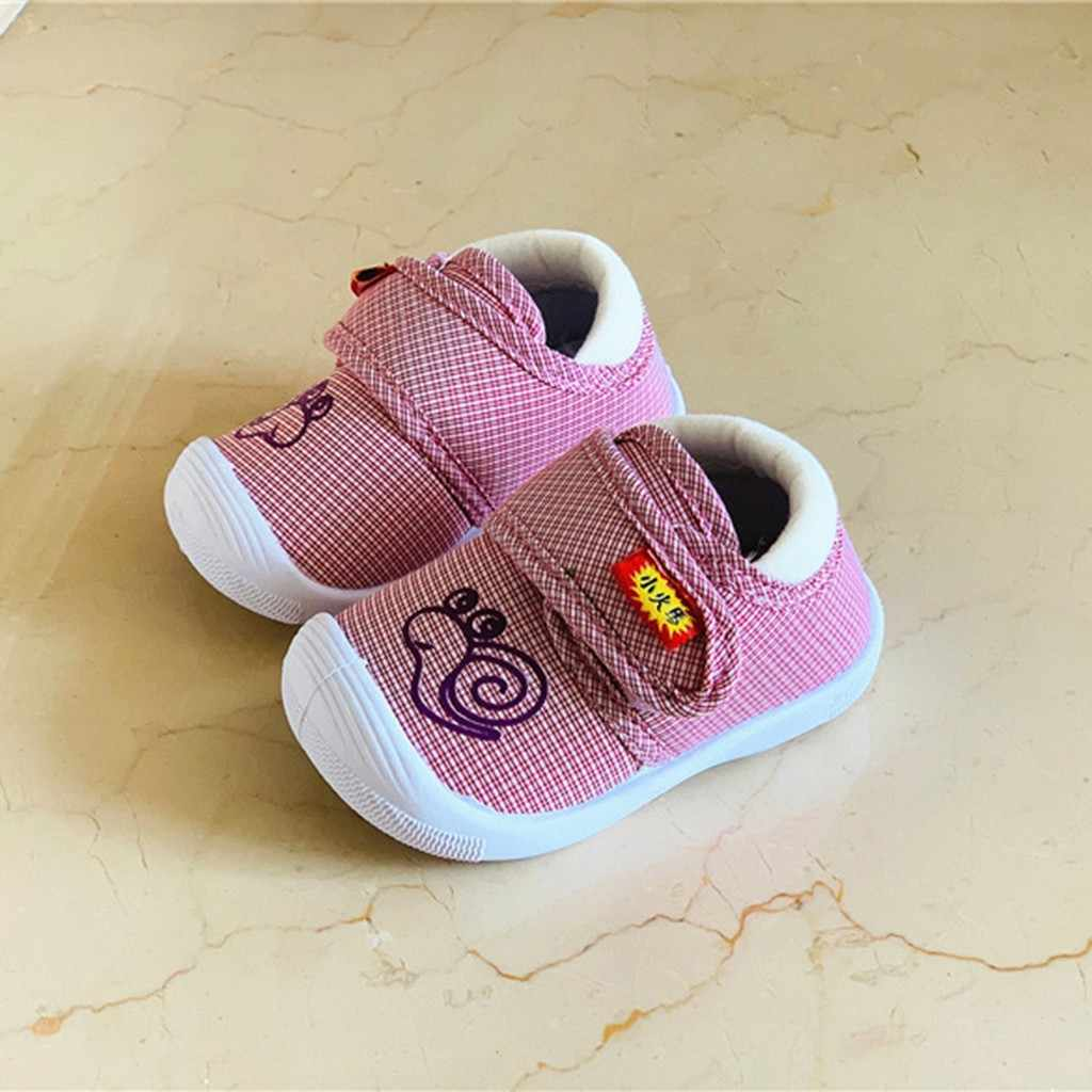 Baby Gilrs Shoes Newborn Baby Girls Shoes Infant Baby Toddler Kids Baby Cute Cartoon Snail Squeaky Soft Sole Sneakers Shoes