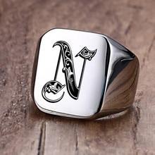 Anillo con iniciales Retro de Vnox para hombre, sello pesado voluminoso de 18mm, banda masculina, letras de acero inoxidable, regalo de joyería personalizado para él