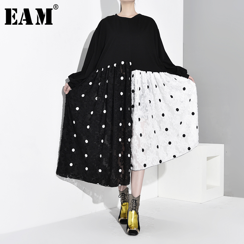 [EAM] Women Black Dot Printed Asymmetrical Big Size Dress New Round Neck Long Sleeve Loose Fit Fashion Spring Autumn 2020 1D977
