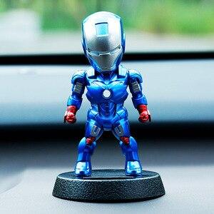 Image 2 - 2017 Q Version Action Figure Superhero Eisen Mann Schwarz Panther PVC Figur Solar Energie Schütteln kopf Spielzeug 12cm Chritmas geschenk Spielzeug