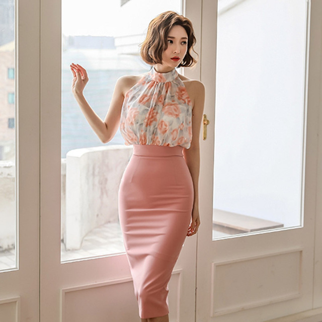 Sweet Ladies Fashion Two Pieces Sets Summer Elegant Halter Neck Sleeveless Floral Chiffon Top High Waist Pencil Skirt Suits