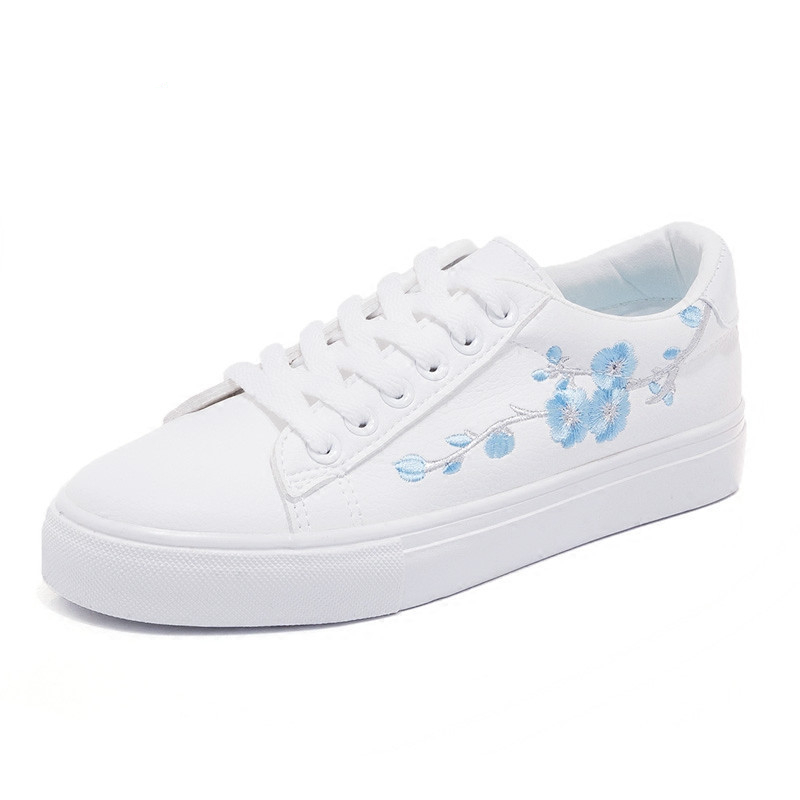 Embroidery Flowers White shoes woman
