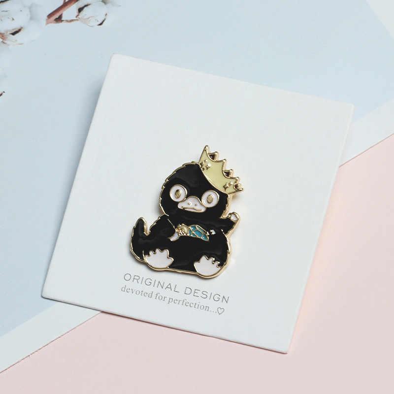 Korea Ins Kartun Lencana Mahkota Lucu Bebek Hitam Bros untuk Wanita Hewan Pin Perhiasan Enamel Pin Tas Ransel Aksesoris Hadiah