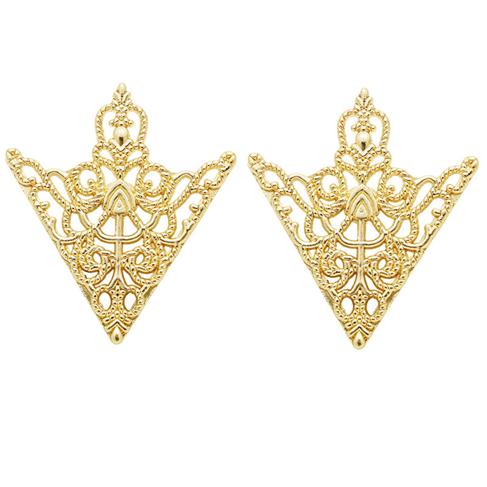 HUISHI Brooches For Men Vintage Fashion Triangle Shirt Collar Pin Hollowed Out Crown Leaf Badge Wedding Banquet Fashion Jewelry 6