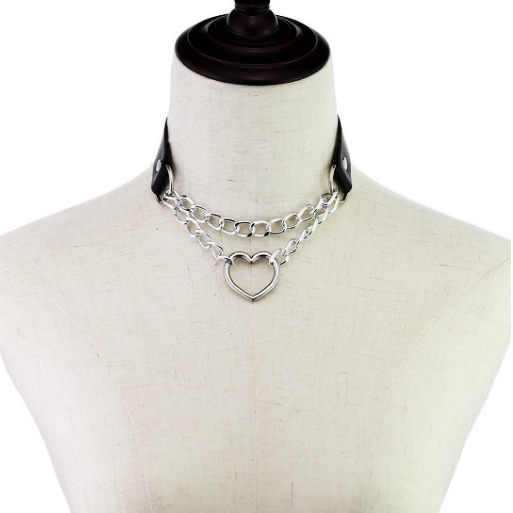 Choker Necklace Gothic Punk Heart Chain Collar Harajuku Hip Hop Chocker Women Girl Black Leather Buckle