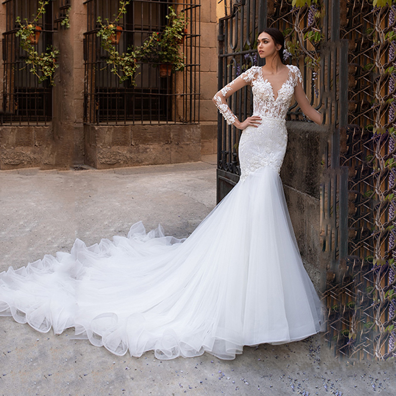 Sexy V Neck Long Sleeve Mermaid Wedding Dresses Illusion Skin Tulle Back Appliques Dubai Long Tail Bridal Dress  Wedding Gowns