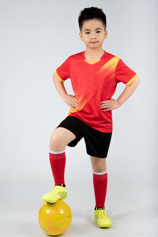 Kids football Uniforms boys girl soccer Jerseys Custom child Soccer Jersey Set Sportswear t-shirt sports suit new style 18