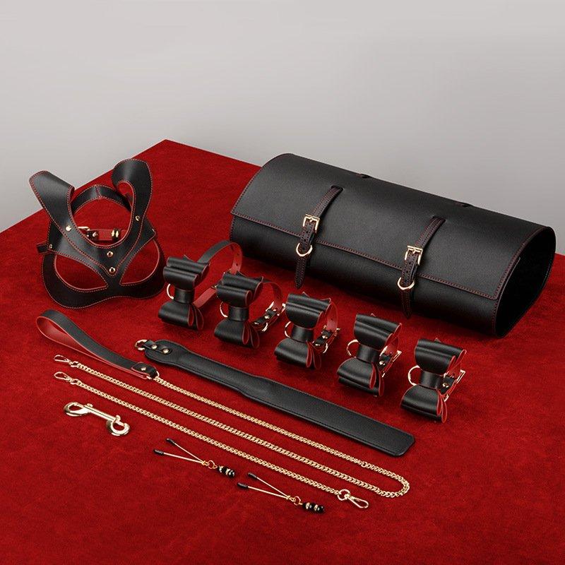 10 pièces/ensemble BDSM jouets menottes menottes masque jeu de rôle Couples flirtant adultes Femdom PU cuir jeux de sexe jouets ensemble de rangement