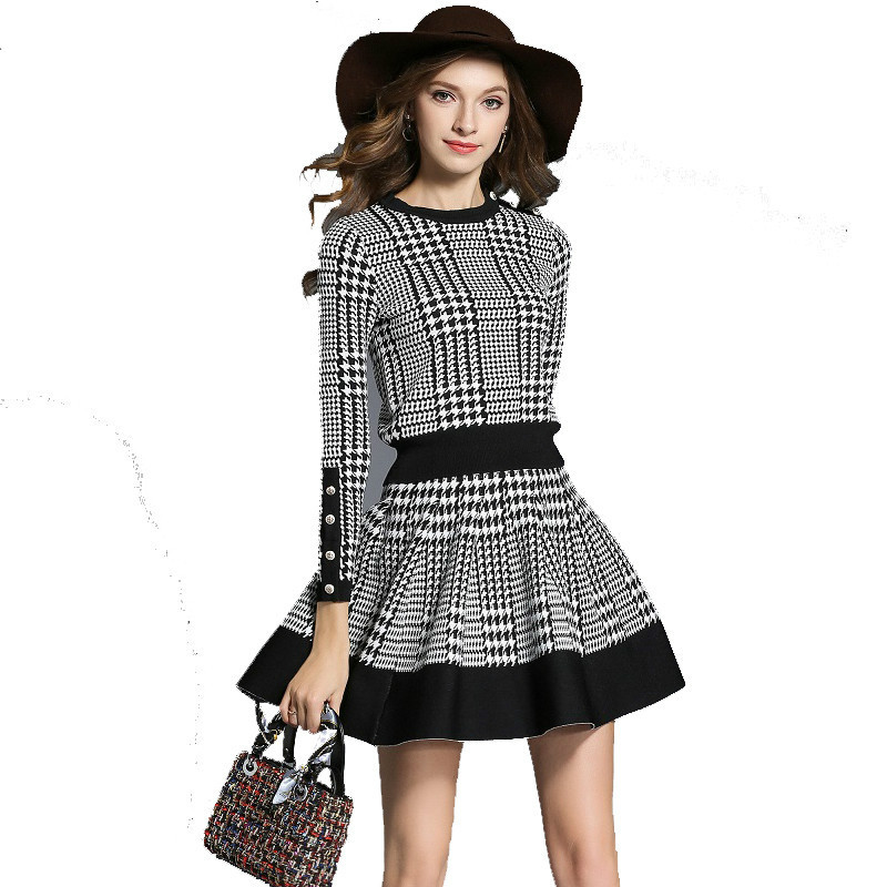 New 2019 Spring Plaid Sweater Skirt Suit Women 2 Piece Set Long Sleeve O Neck Button Knitted Skirt Set Crop And A Line Skirt