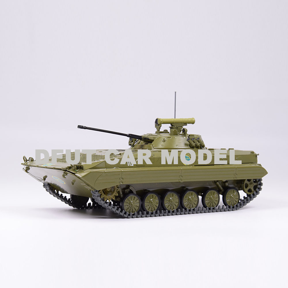 1:43 Scale Alloy Toy BMP-2 Tank Model Of Children's Toy Car Original Authorized Authentic Kids Toys