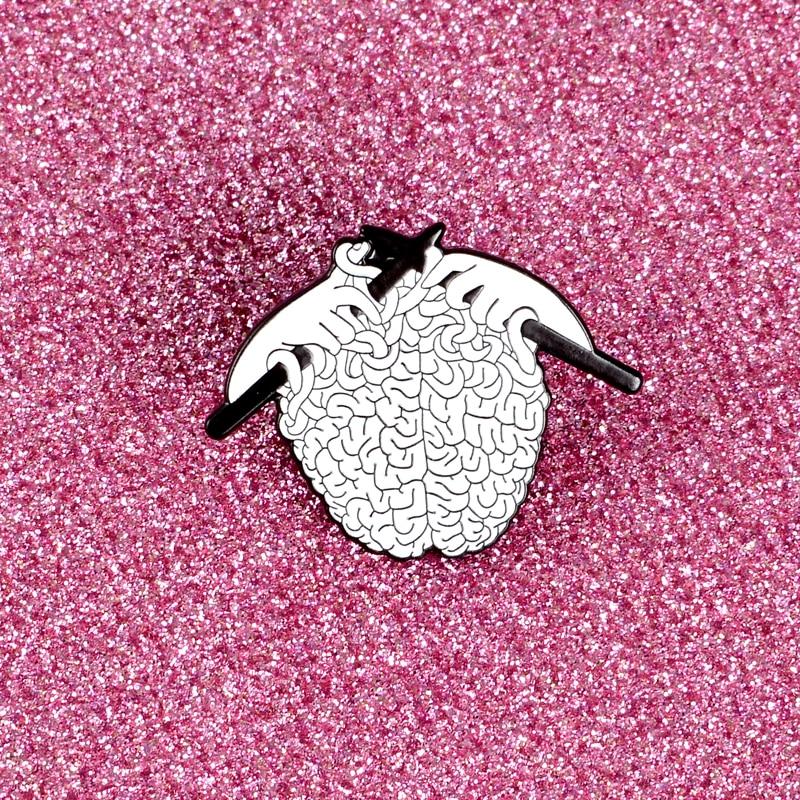Tricot anatomique cerveau cerveau Halloween fête accessoires broche sombre bouton émail épinglette Badge gothique bijoux cadeau