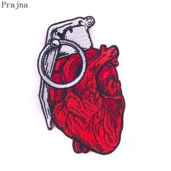 Prajna DIY imagen de Granada de parche de corazón rojo parches de dibujos animados con estilo raya de hierro en parches para ropa apliques de tejido de costura