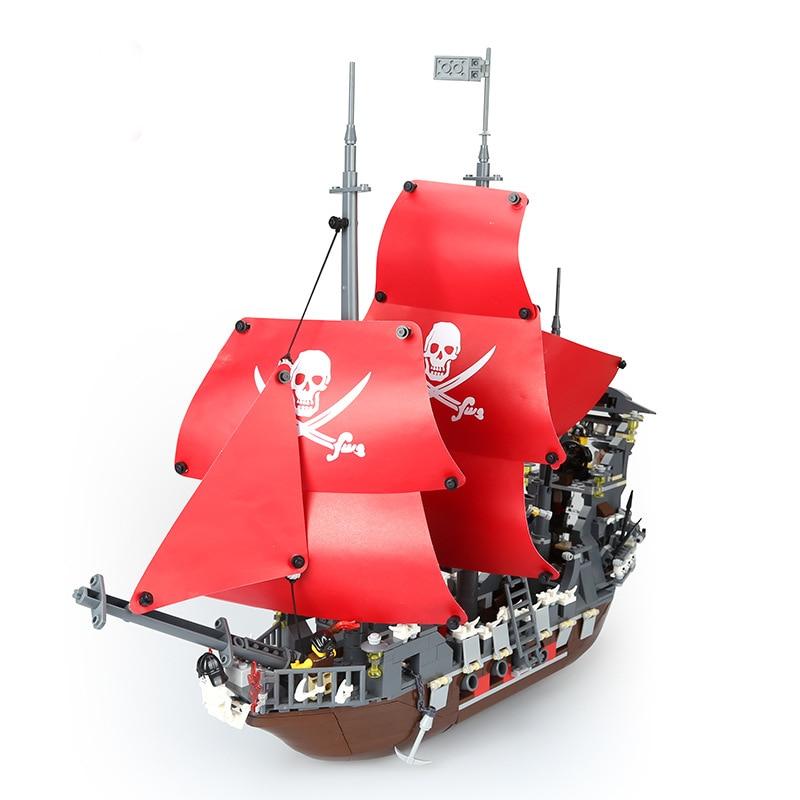 Pirates of the Caribbeaned The Black Pearl Pirate Ship Model Blackbeard set Building Blocks Kits bricks Toys for Children