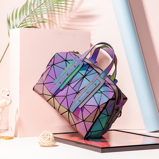 Women Handbag with Top Handle
