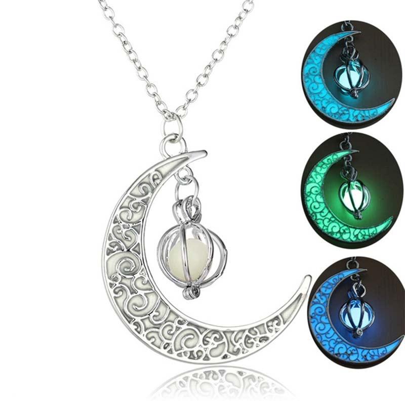 Creative Personality Women Luminous Moon Pumpkin Necklace Pendant Fashion Charm Jewelry For Halloween Gifts Glowing Stone