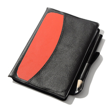 Taccuino rosso di sport della carta dell'arbitro di calcio della carta gialla della carta con la carta di penalità del Record dell'arbitro della matita