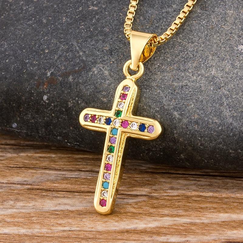 2020 neue Design Niedliche Weibliche Kristall Zirkon Halskette Klassische Kreuz Stil Anhänger Halskette Bunte Halsband Halskette Geschenk Für Frauen