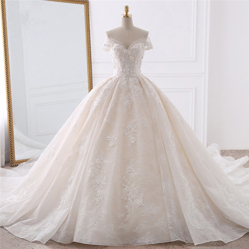 Luxurious Sweetheart Ball Gown Wedding Dress Appliques Beading Lace Pearls Off The Shoulder Bridal Dresses