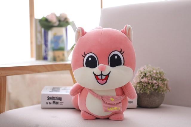1 pcs 25cm e-packet Plush Squirrel Doll Toy Kids Sleeping Back Cushion Cute Stuffed Hamster Baby Accompany Doll Xmas kid Gift