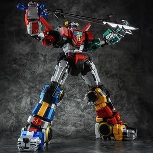 Image 2 - In Voorraad Titan Power Titanpower Tp TP 01 TP01 Titan Beest Koning Chogokin Voltron W/Led Action Figure