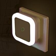 Lampka nocna LED z czujnikiem i regulacją światła, 110V/220 V, do gniazdka UE/USA, oświetlenie do sypialni/salonu/dla dzieci