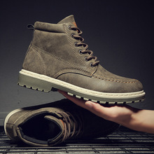 High Quality Fashion Autumn and Winter Men's Martin Boots Warm Working Boots Lace Up Men's Desert Boots Round Toe High Top Shoes цена 2017