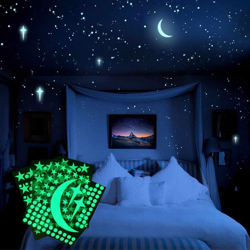 Autocollants fluorescents étoile et lune sculptés lumineux autocollants chambre d'enfants brillent dans le noir étoiles autocollants muraux 2020 chaud