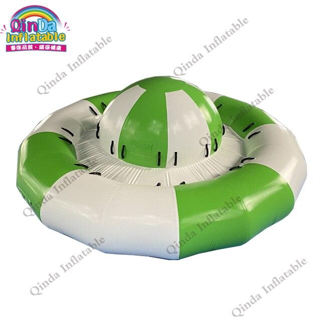 Jeux deau fous volant leau saturne bateau disco gonflable populaire remorquable pour la mer