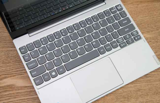 Lenovo 2-In-1 Laptop 10.1Inch IdeaPad Miix 320 Sentuh Tablet + Keyboard Laptop dengan Intel Atom x5-Z8350 Prosesor 1.9GHz Windows
