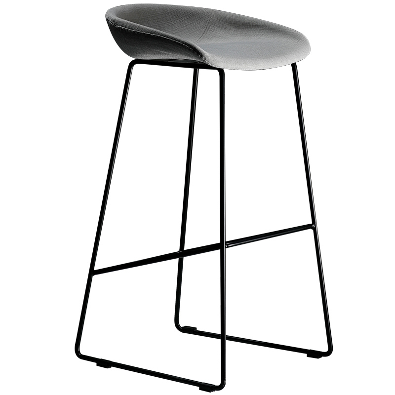 Modern Simple Bar Chair Northern Europe Fashion Light Luxury Bar Chair Creative Bar Stool Designer Iron High Stool