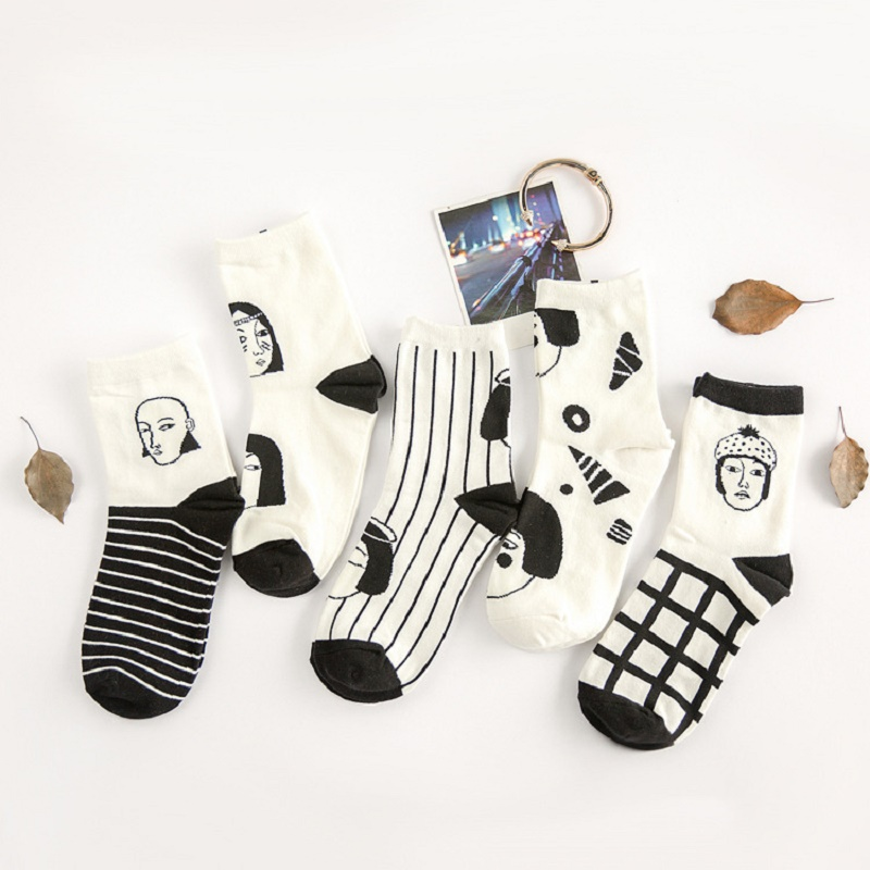 Solid Cotton Female Harajuku Funny Creative Cartoon Plaid Black White Couple Sox Striped Socks Japanese Sexy Man Women Head Face