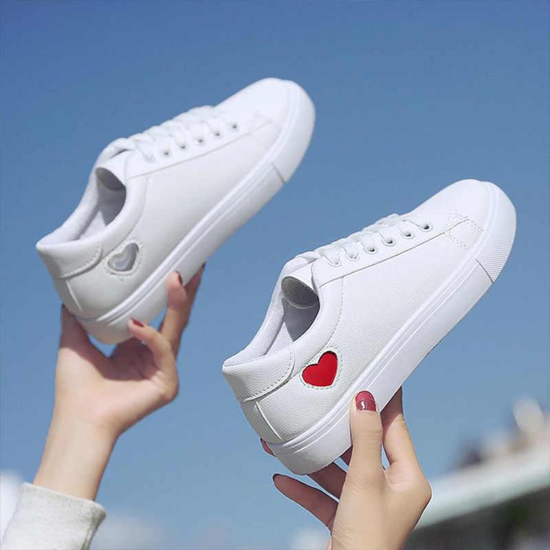 2019 sonbahar kadın ayakkabı moda yeni kadın PU deri ayakkabı bayanlar nefes sevimli kalp daireler rahat ayakkabılar beyaz ayakkabı