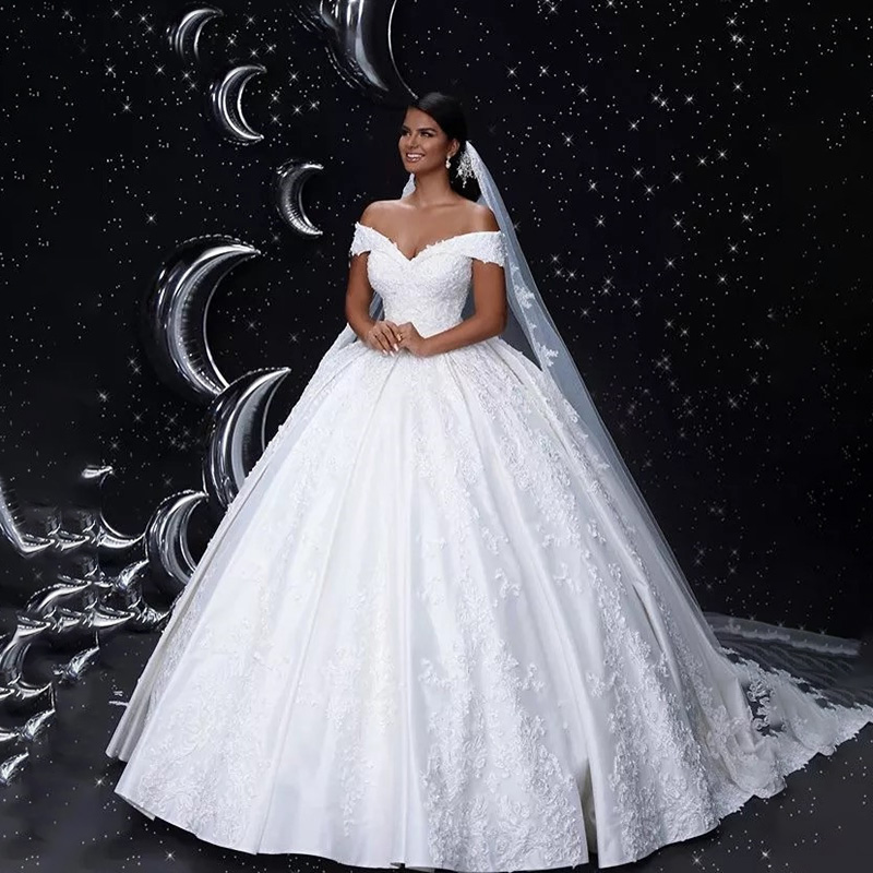 2020 MYYBLE V-Neck Off The Shoulder Lace Up Back Lace Applique Crystal Beaded Satin Ball Gown Wedding Dresses Bridal Dresses