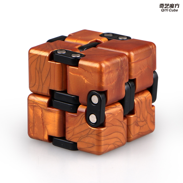 Qiyi Infinite cube Puzzle Toy 2x2 Magic Cubes Flip Cubic Stress Reliever Toys Children Gift 2x2x2 Speed Cubo magico 6