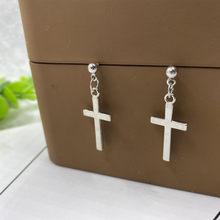 Boucles d'oreilles en croix pour femmes et filles, bijoux Punk en forme de croix, pendentif en Cartilage, goutte d'eau, cadeaux d'amitié