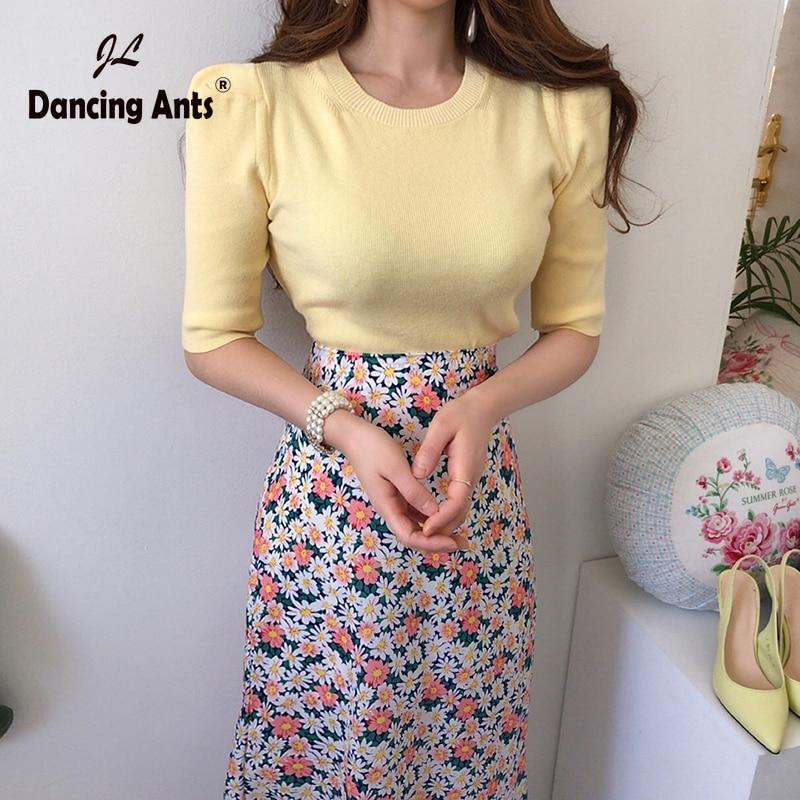 Women's Sets O-Neck Half Sleeve Knitted Sweet T-Shirts + High Waist Broken Flowers Print Half-Length Skirts Female 2 Piece Sets