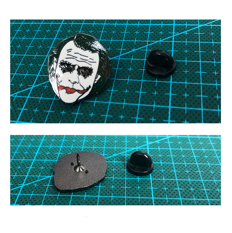 New Gift Injustice: God Among Us Joker Head Portrait Cosplay Prop  Brooch Badge Cute Emblem 1 Piece