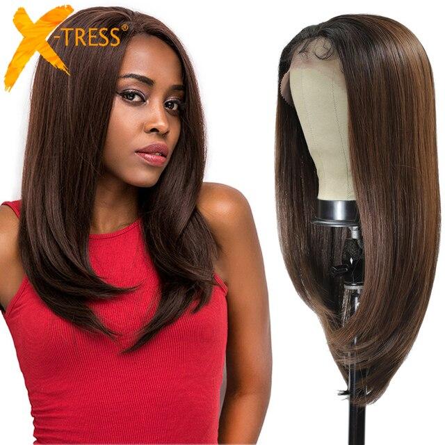 ロングストレート合成レースフロントかつら黒人女性のためのX TRESSミディアムブラウン色の耐熱性繊維のかつら髪