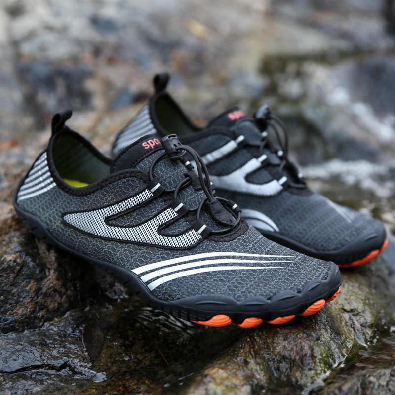 36-47 גודל גברים חוף נעלי נשים חיצוני נעלי שחייה למבוגרים אקווה שטוח רך חוף ים נעלי החלקה הליכה זוג yoga נעליים